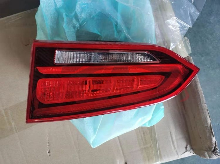 HYUNDAI 2017 SANTAFE TAIL LAMP��INNER